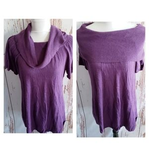 Pea in the pod M purple cowl short sleeve sweater